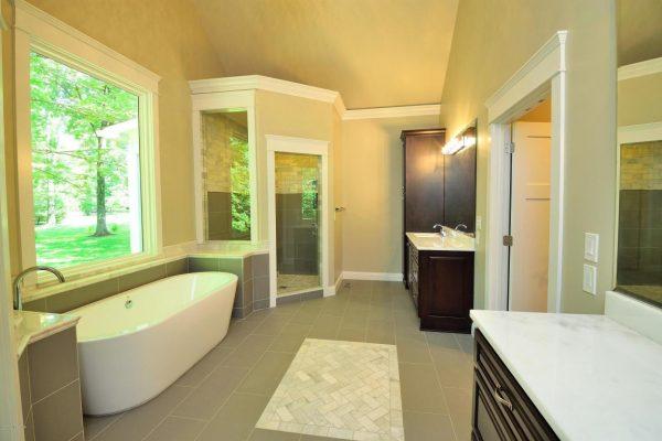 Mistletoe bathroom