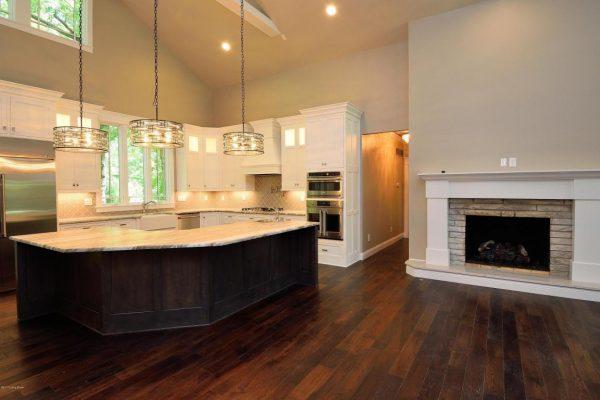 Mistletoe kitchen 1