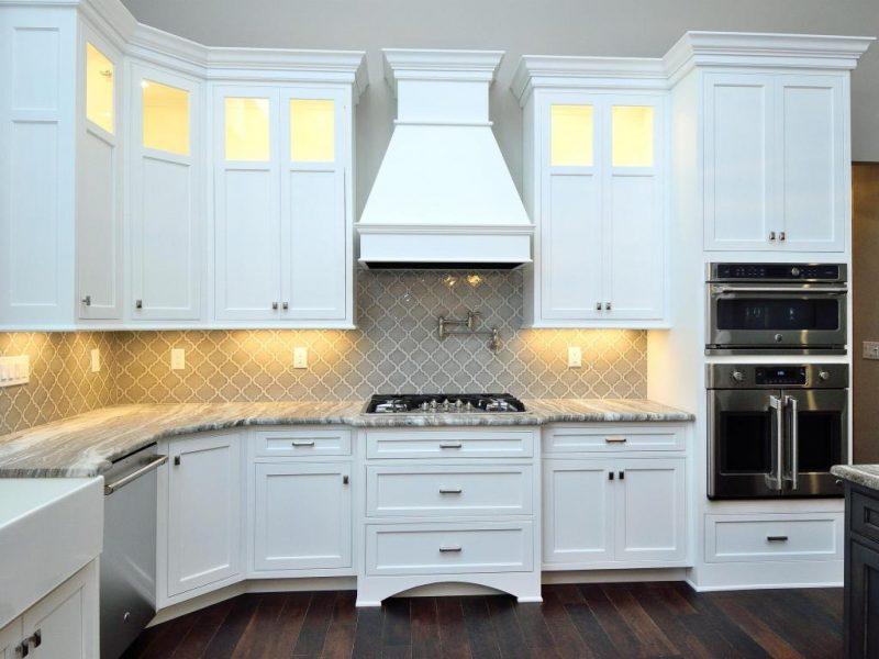 Mistletoe kitchen 2