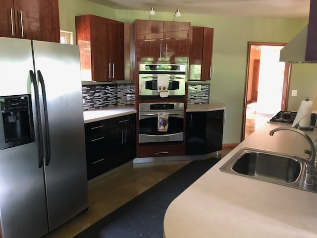 Lakeview Absolute Auction