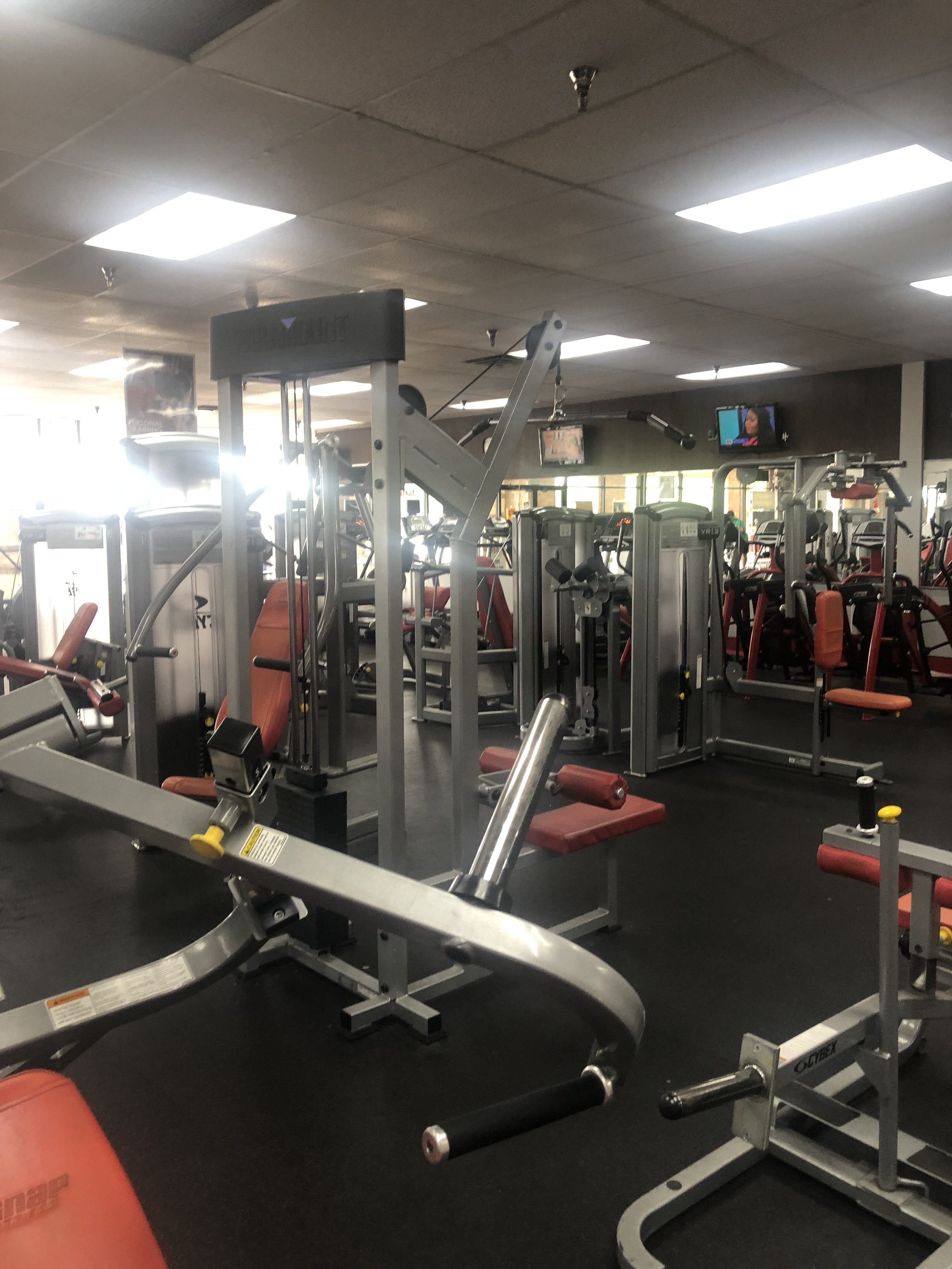 Absolute Auction – Fitness Center Going Out of Business Sale | 147 Lincoln Trail Blvd. | Saturday, July 20th @ 2:00 pm EDT